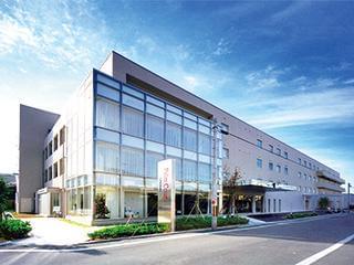 大正11年創業のくつ下製造販売会社が運営している介護施設です。