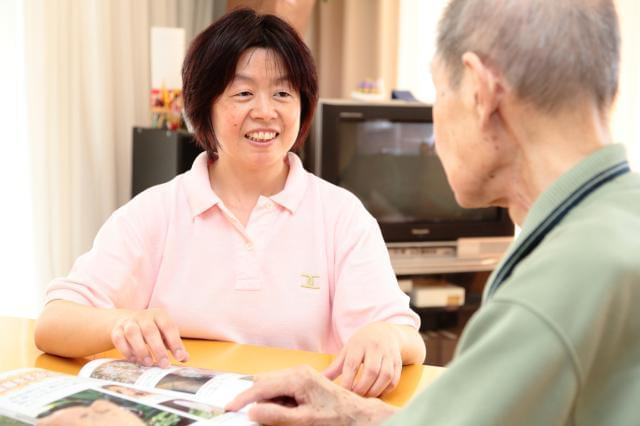 【インタビュー】いちばんの魅力は、人間関係の良さ。居心地抜群です♪(介護職員勤続7年)
