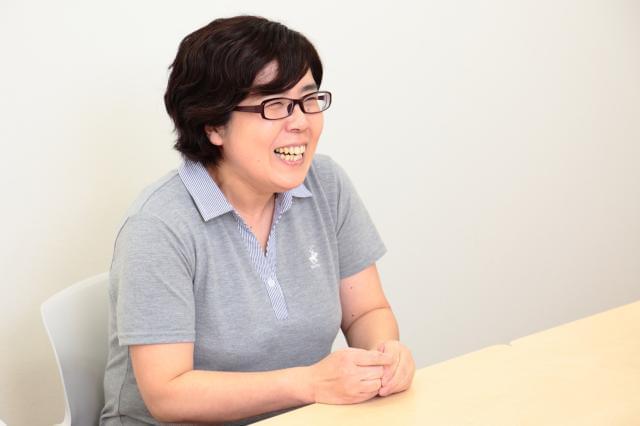 【インタビュー】まったくの未経験からのスタート。優しい先輩に囲まれて、楽しく働いてます♪(介護職員 勤続1年)