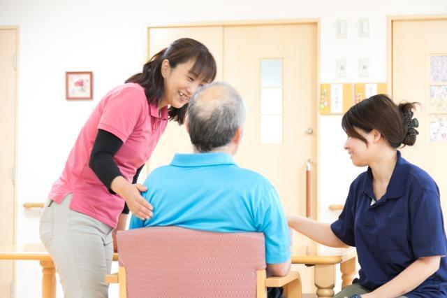 【インタビュー】仕事も家庭も大切にできる。毎日が充実しています。(介護職員勤続3年)