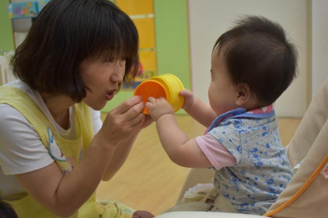 お持ちの資格や子育ての経験を活かせるお仕事です。 私達と一緒に子ども達の成長を見守って下さいませんか?