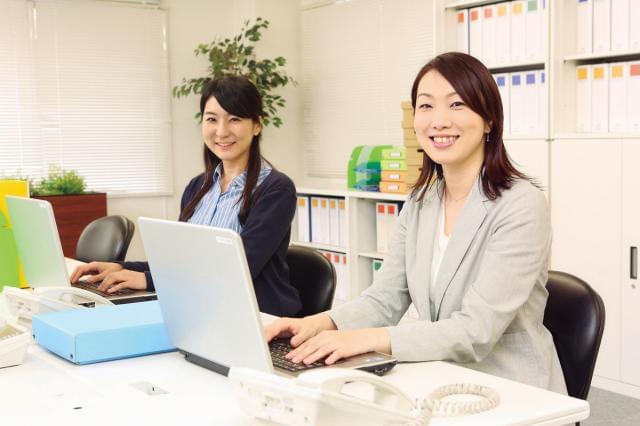 20代のスタッフ活躍中☆ 残業ナシで17:30過ぎには退社できる働きやすさです。
