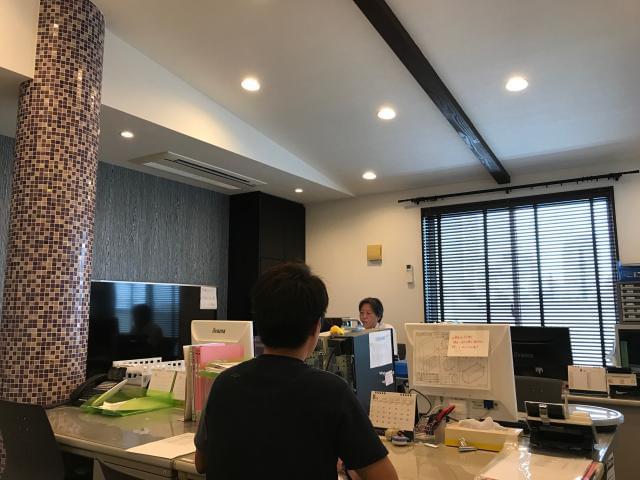 主婦が活躍中の和やかな雰囲気の職場♪ 新人さんもなじみやすいアットホームな環境です