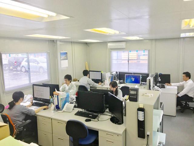 CAD操作の未経験者でも、丁寧に指導します。設計室での作業になります。