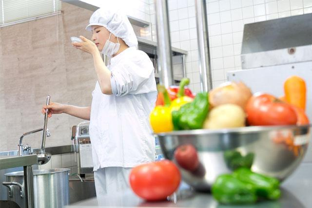 『介護老人保健施設 大和三山内厨房』名阪食品株式会社 奈良事業部(2223)