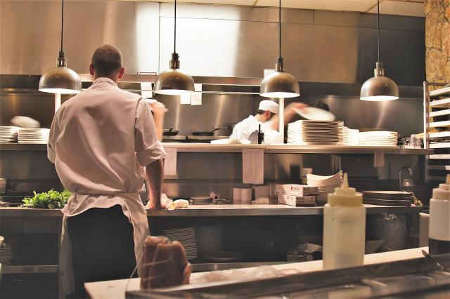 食の仕事ならシンクロ・キャリア!あなたにピッタリなお仕事にきっと出会える。
