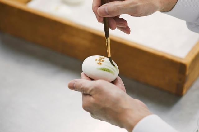 手作業を中心に一つひとつ丁寧に-。 和菓子づくりの楽しさが体感できます。