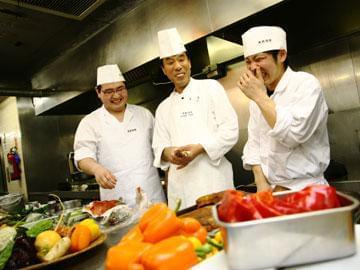 奥深い中国料理の世界へようこそ! 着実にスキルアップしていけるステージです。