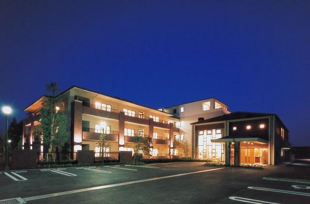沖縄のアパート経営・住宅・店舗建築なら 大鏡建設 会社概要 -