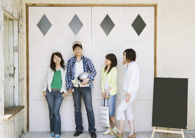 活躍の場は、ピカピカのクリーンルーム&空調完備! 年中快適な職場で、作業に集中できます。