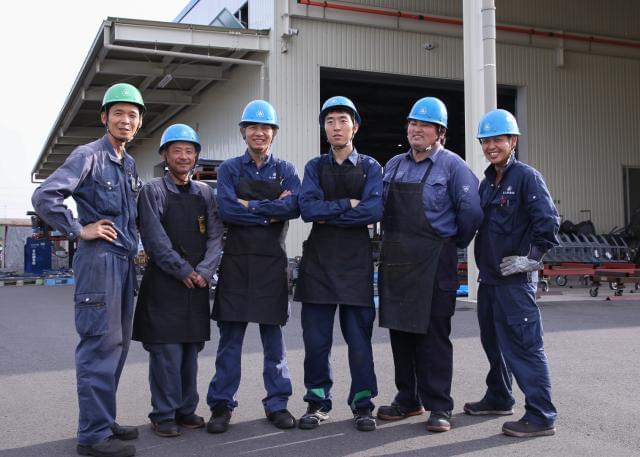 未経験スタートでも安心して成長できる。『青山鋼業』であなたの新しい可能性をひろげてみませんか?