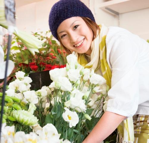 大好きな花に囲まれてお仕事できます♪ 未経験OK WワークOK 主婦・学生活躍中!