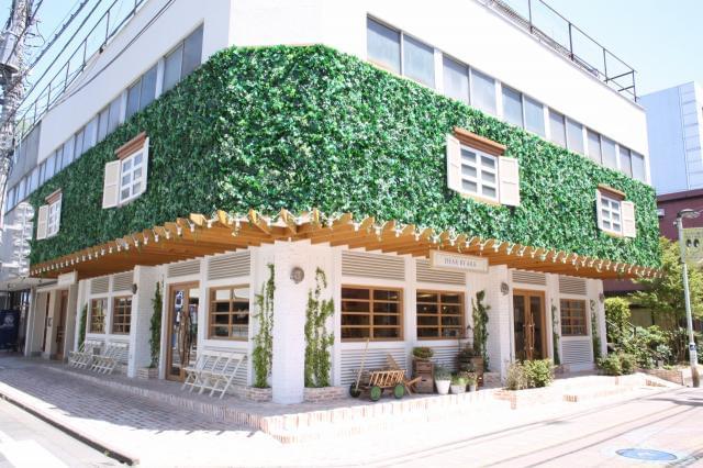 ユニオン通りの一角にある当店。