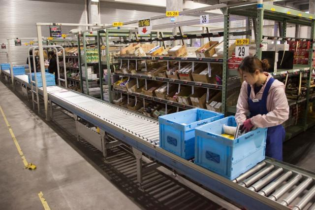 冷暖房完備に加え、BGMも流れる環境! 季節問わず快適に、リラックスして作業できます。