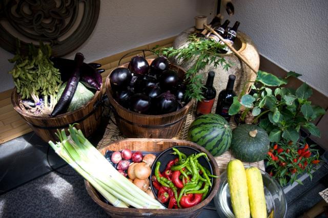 わくわく広場とは、地元野菜など手作り品が盛り沢山の「新鮮・安心・安全」を実現した農産物直売所です。