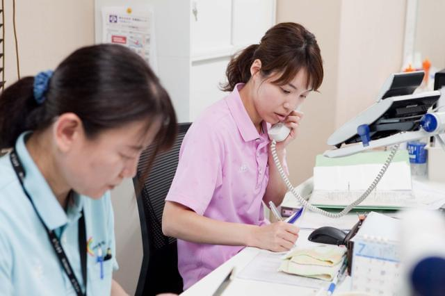 応募前の職場見学OK!(所要時間30分程度)まずは雰囲気だけでも見てみませんか?◆育休取得率100% ◆新卒者離職率0%