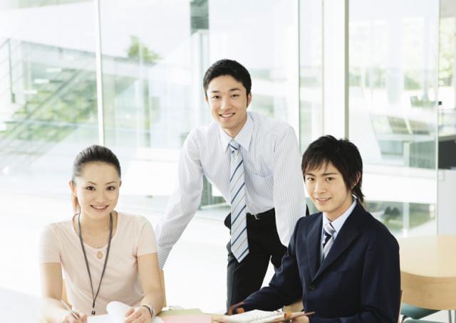 研修制度が充実しているため、未経験の方も安心して業務をスタートさせることができます!