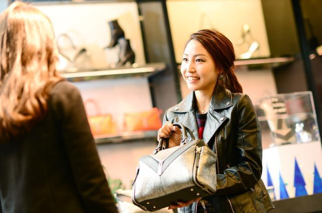 イタリアのプレミアム・カジュアル・ブランド『DIESEL』。現在、80カ国以上に約5000以上の販売拠点と約500の直営店を展開しています。