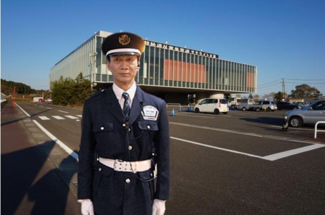 [2]駐車場警備スタッフ