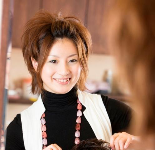 『クローバー』ならではの、仕事に、家事に、頑張る美容師さんに嬉しいメリットがもりだくさん♪