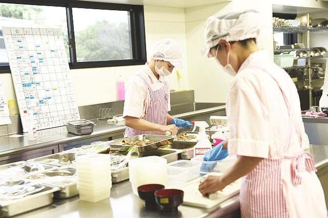 毎日異なる献立でバラエティに富んだお食事を提供しています。 あなたのレシピの幅も広がりますよ♪