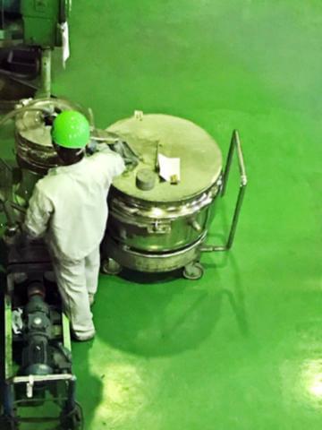 ヤリガイのある仕事!私たちが再生させた原料は、広く人々の暮らしや産業に役立てられています!