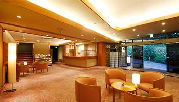 4階建て、客室16室の旅館です。