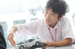 車や運転が好きな方はもちろん、人の笑顔が好きな方、大歓迎!お客さまと触れ合いながら、楽しく働けますよ◎