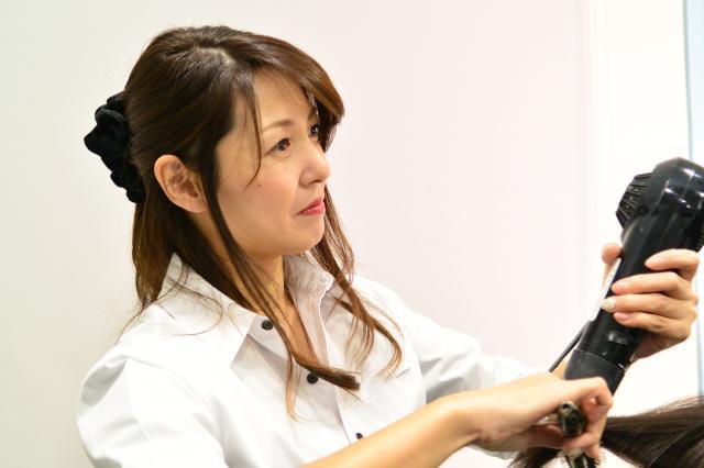 ヘアースタジオ IWASAKI 平瀬店/株式会社ハクブン