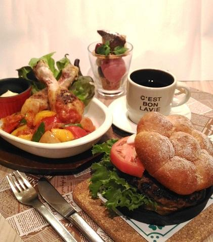 LITTLE NORTH CAFE アリオ鳳店