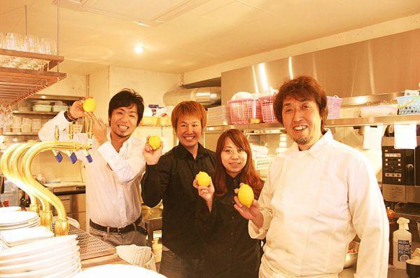 関東・東海・関西エリアで80以上の店舗を展開。調理、メニュー開発、数値管理などを幅広く学べます◎