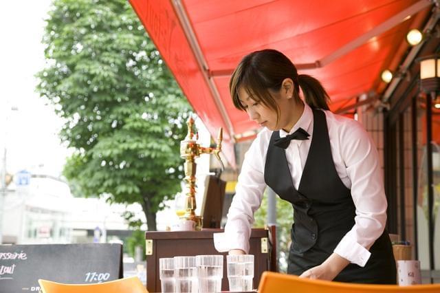 カジュアルにお食事を楽しめるお店です。ひとつひとつのサービスを丁寧にしていきましょう!