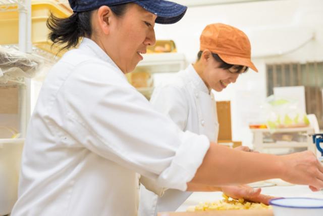 ピザ&パスタ専門店の店長候補。出店多数!42業態を展開する総合フードビジネス企業です!