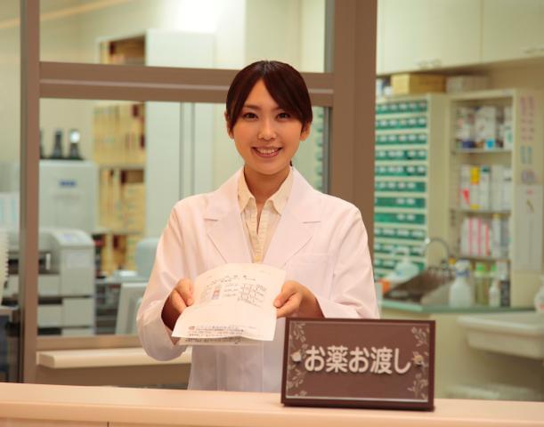 当薬局が大切にするのは、人と接する時間。心のこもった一言が、患者様を安心させる心強い言葉に。