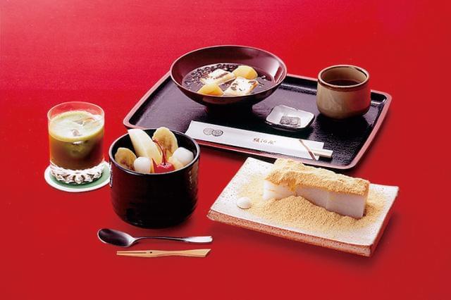 交通費の支給あり☆職場は通勤便利な「そごう横浜店」!社員食堂も完備しています。