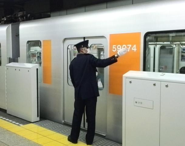 駅にいると、さまざまなドラマを目撃します。