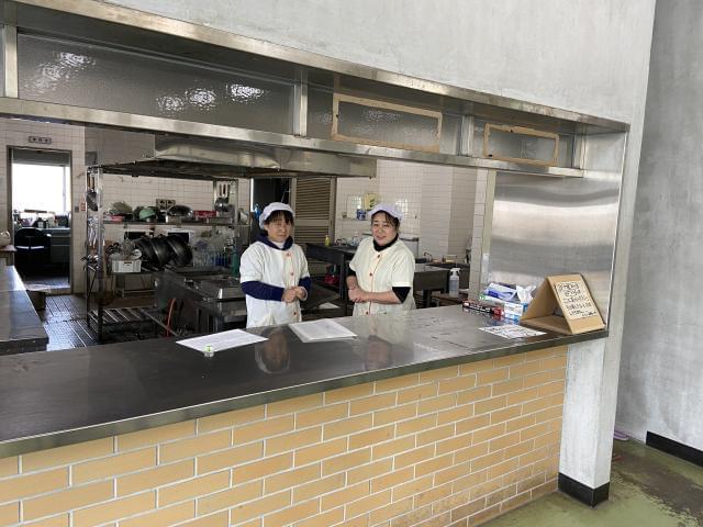 兵庫県立伊川谷北高等学校内食堂