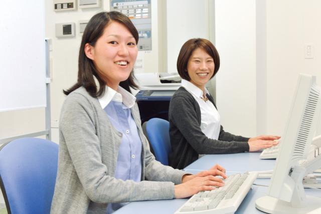 淀屋橋駅すぐ♪キレイなオフィスでのご就業です!
