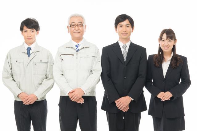 20〜40代まで幅広い層のスタッフが働いている当社。 女性スタッフも多い華やかな職場です。