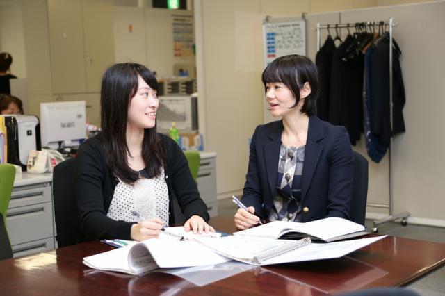 ・・・ スタッフインタビュー(事務職・女性) ・・・
