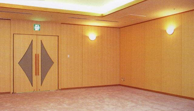 ≪埼玉スタジアム2002 レセプションルーム≫ 人や環境に優しい当社製品が使用されています。