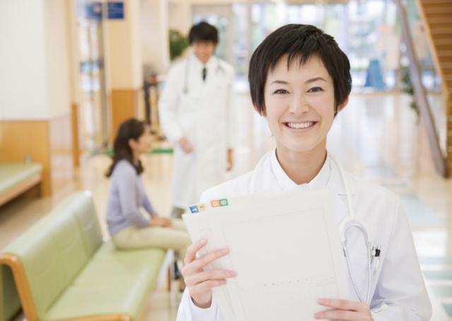 【臨床検査技師】さまざまな業務に携われるから成長が早い!患者さまの声を直接聞けるのも魅力ですよ♪