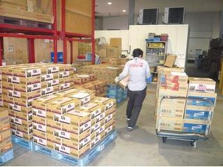 当社はコカ・コーラ製品の配送や販売、 自販機管理などをトータルで担っています!