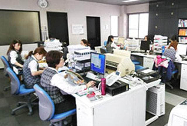 ※写真は浜松支店の事務所です。
