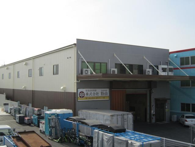 急成長中の会社で一緒に成長していきましょう。(写真は東大阪営業所)