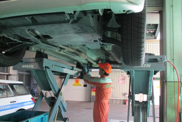 自動車整備士2級以上の方大歓迎!! 資格手当によりキャリアをしっかり評価します!