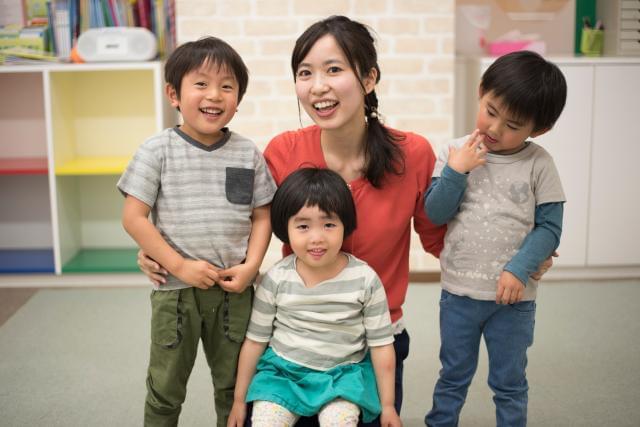 「子供の学校行事や家庭の都合によるお休みも取りやすいですよ。ママが活躍できる職場だと感じています!」