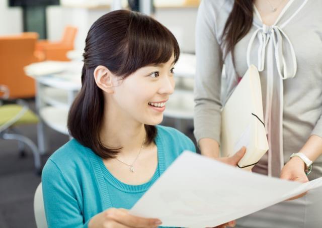 職場の雰囲気は落ち着いています** 業務にしっかりと集中することができる環境ですよ。